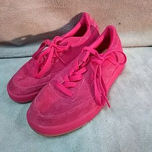 Other - Reebok Shoes Size 2 1/2 pink color
